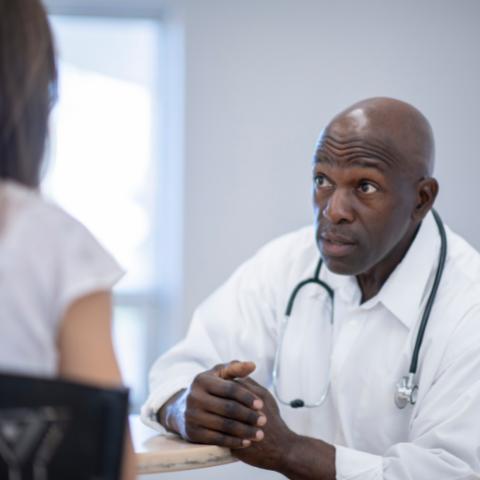 Viajar com Incontinência Urinária - Falar com médico