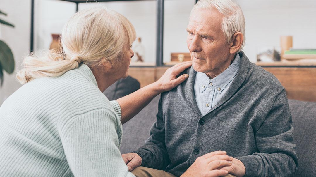 Como convencer um idoso a usar fralda - deixar o idoso resolver