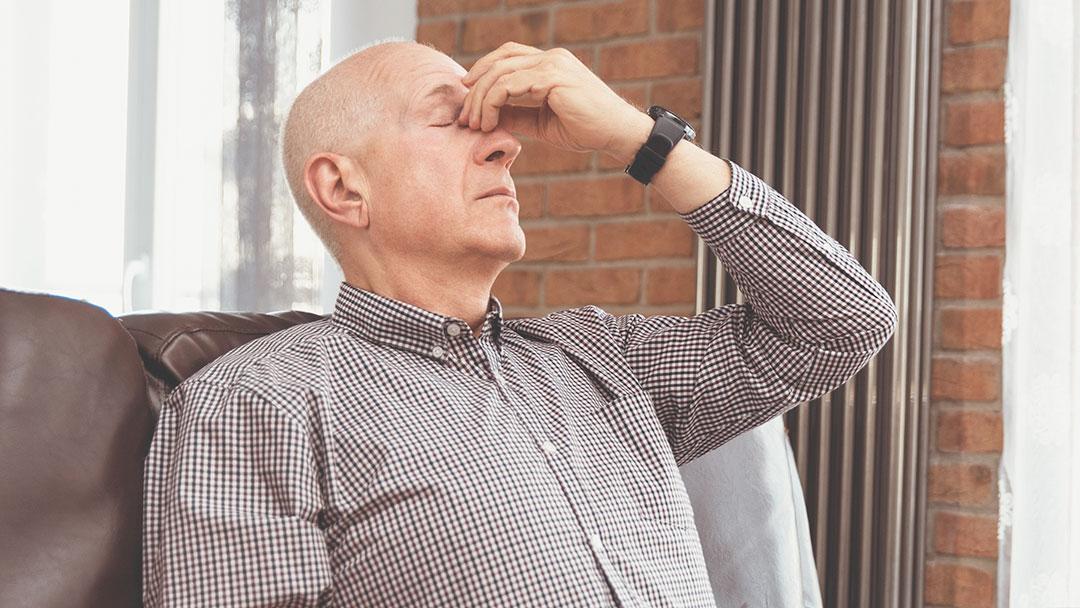 Como convencer um idoso a usar fralda - redução dos sentidos