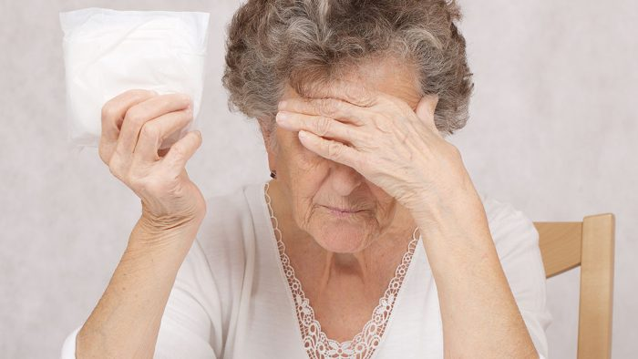 Como convencer um idoso a usar fralda?